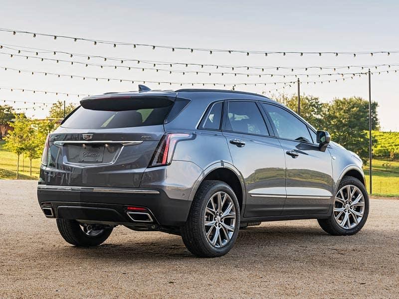 2021 Cadillac XT5 trim levels and powertrain