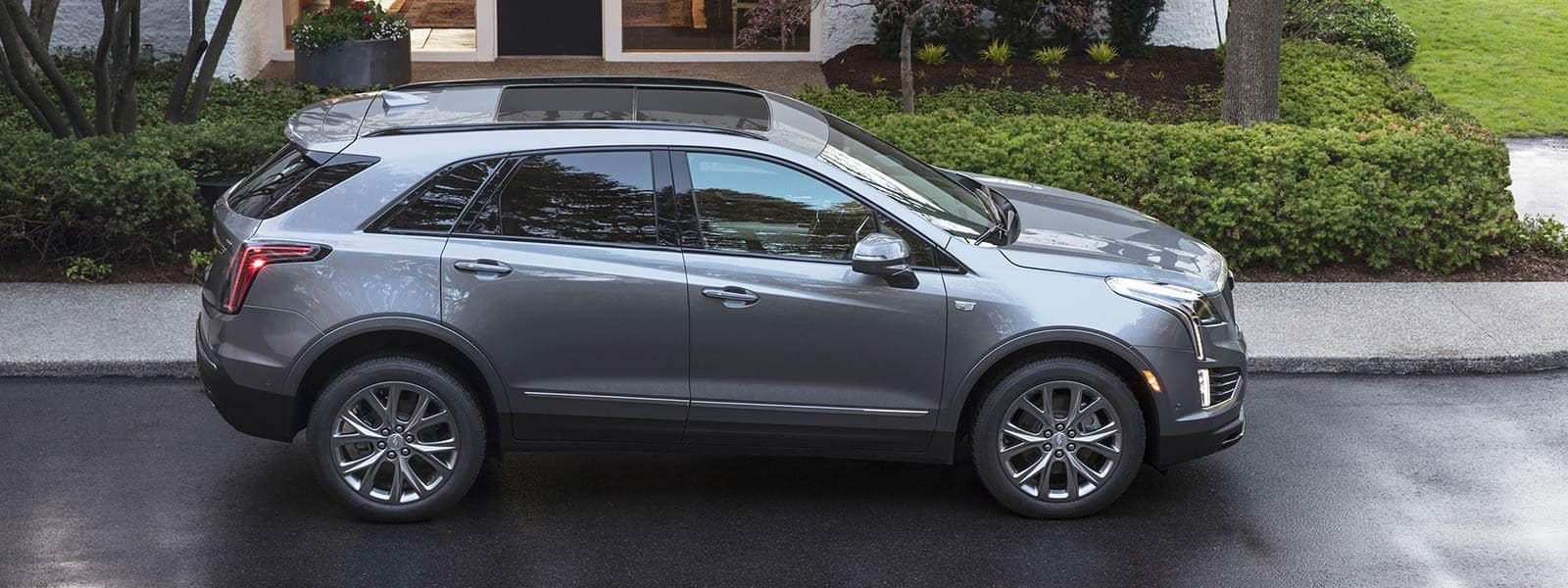 Buy new 2021 Cadillac XT5 in Weyburn Saskatchewan