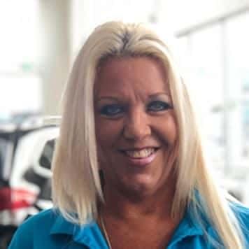 Lisa Crookshanks