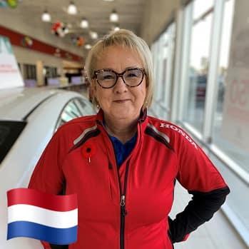 Hilda Olthoff - vloeiend in het nederlands