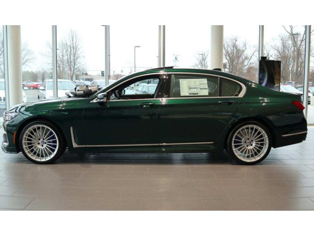 2020 BMW B7 ALPINA xDrive - Green Metallic 1