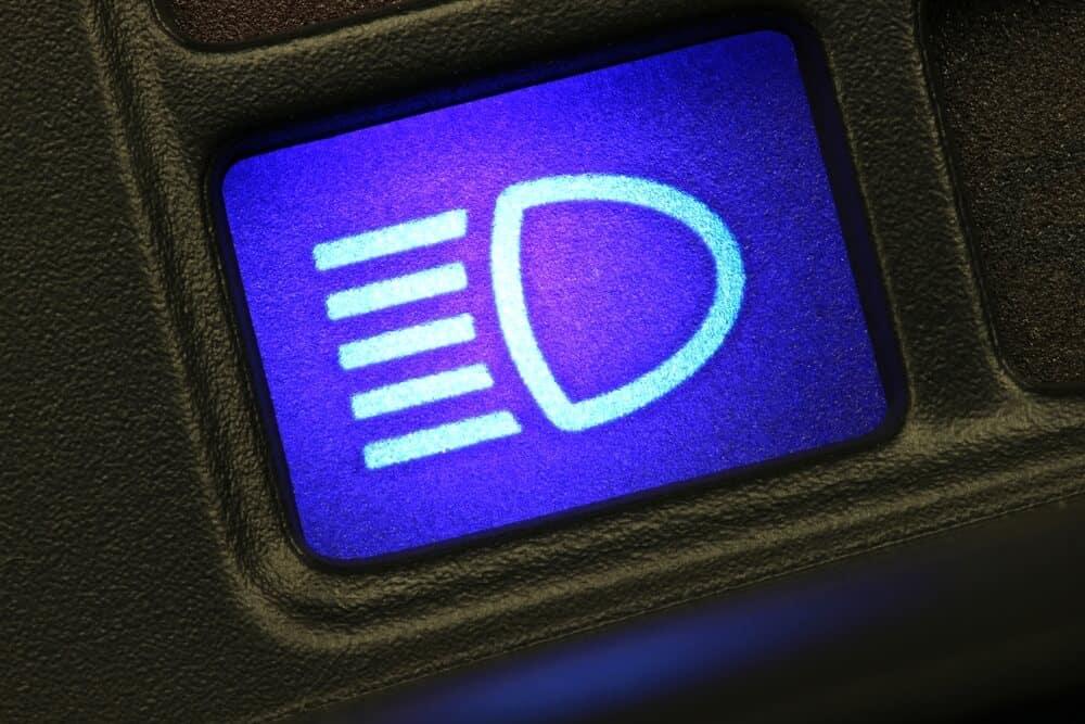 Cerritos, CA | Genesis G80 Dashboard Lights