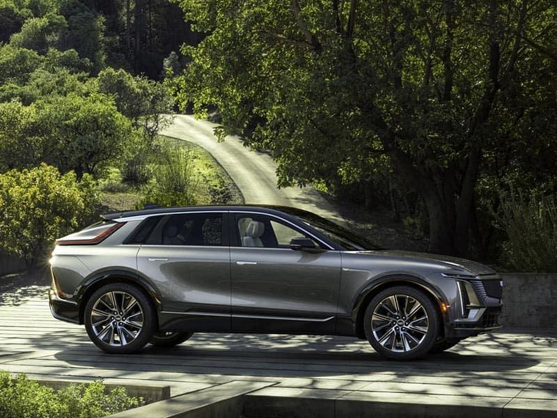 2023 Cadillac LYRIQ all-electric powertrain and battery range