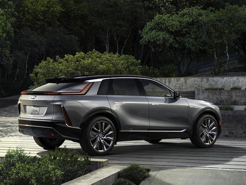 2023 Cadillac LYRIQ all-electric powertrain and hi-tech interior