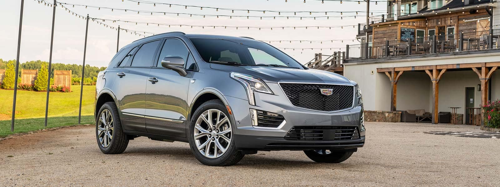 Buy or lease new 2021 Cadillac XT5 in Thornhill Ontario
