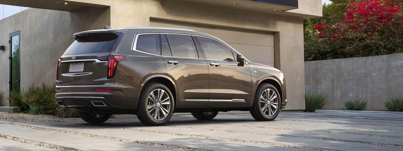 Buy or lease new 2021 Cadillac XT6 in Thornhill Ontario