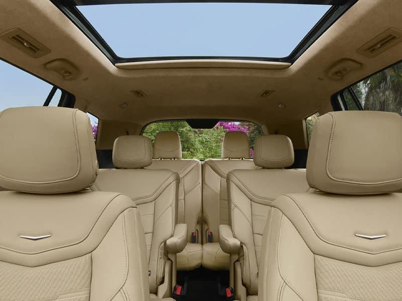 New 2021 Cadillac XT6 flexible interior features